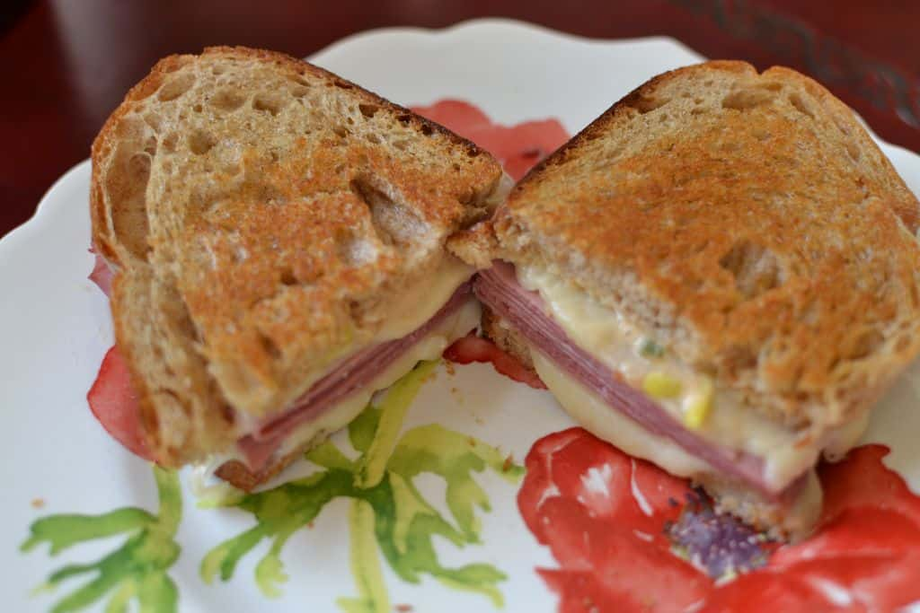 Quick Corned Beef Sandwiches
