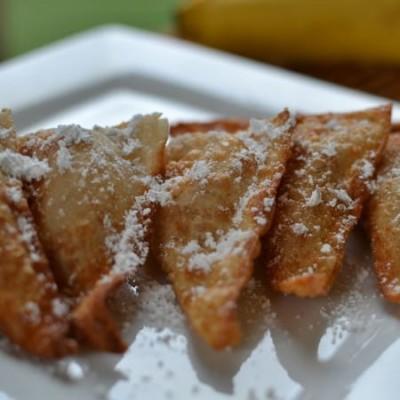 Fried Peanut Butter Banana Wontons