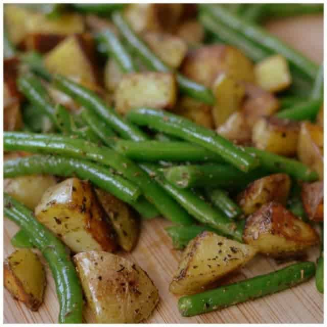 Pan Fried Potatoes amp Green Beans! One thing I havehellip