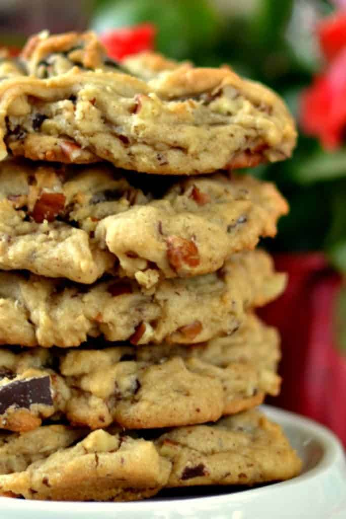 Amazing Delicious Homemade Chocolate Chip Cookies