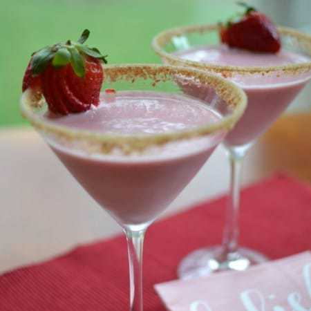 Strawberry Cheesecake Martini