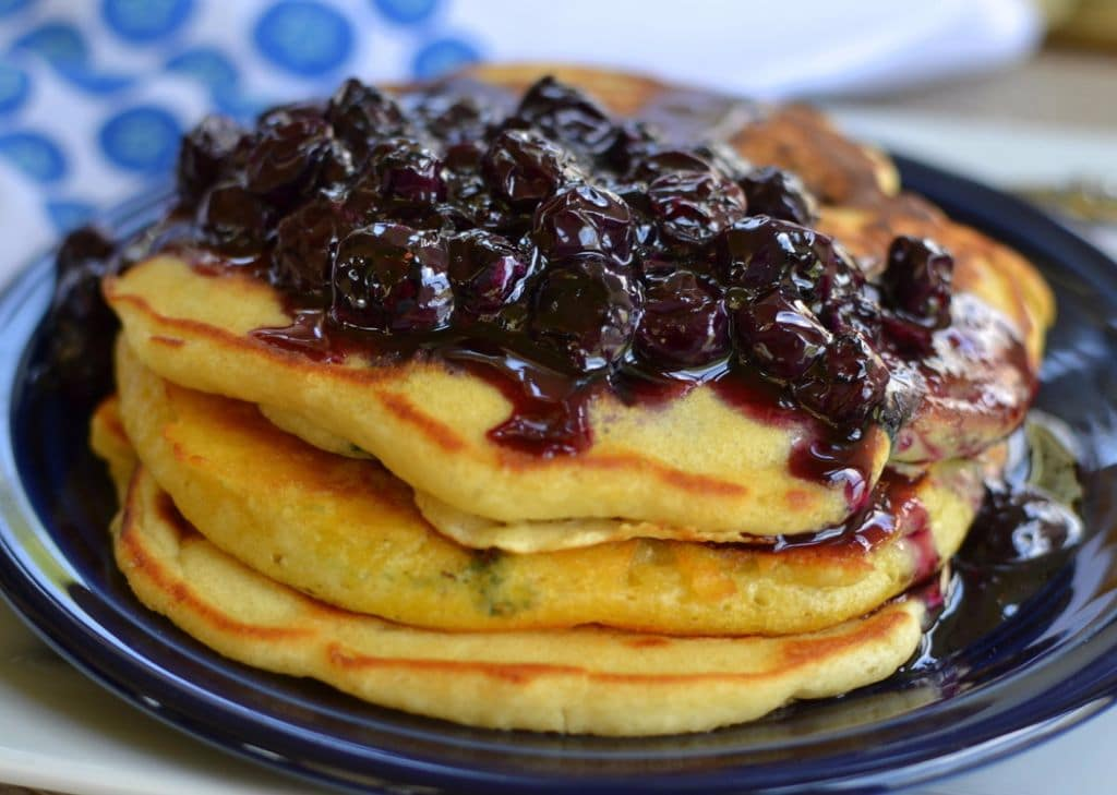 Blueberry Buttermilk Pancakes-001