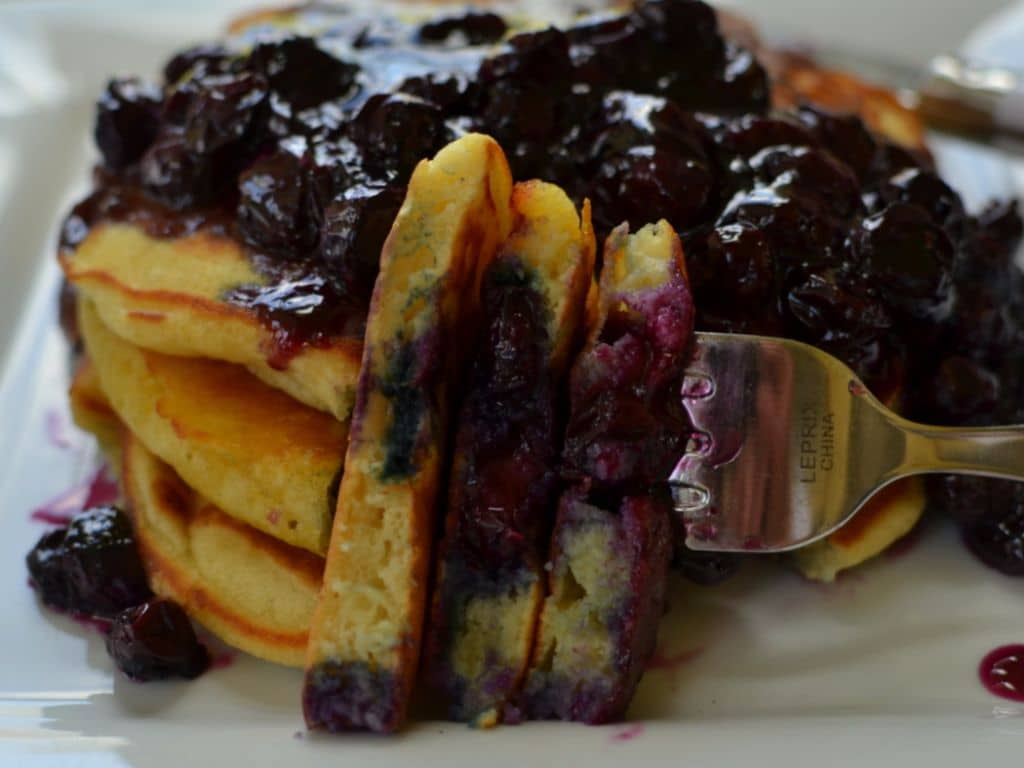 Blueberry Buttermilk Pancakes (6)