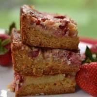 Strawberry Gooey Butter (7)