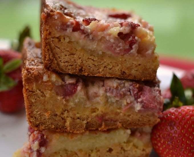 Strawberry Gooey Butter Cake
