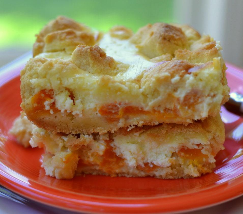 Apricot Cream Cheese Crumble Bars (6)-002