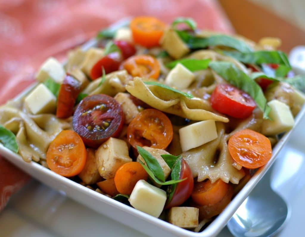 Caprese Pasta Salad (3)