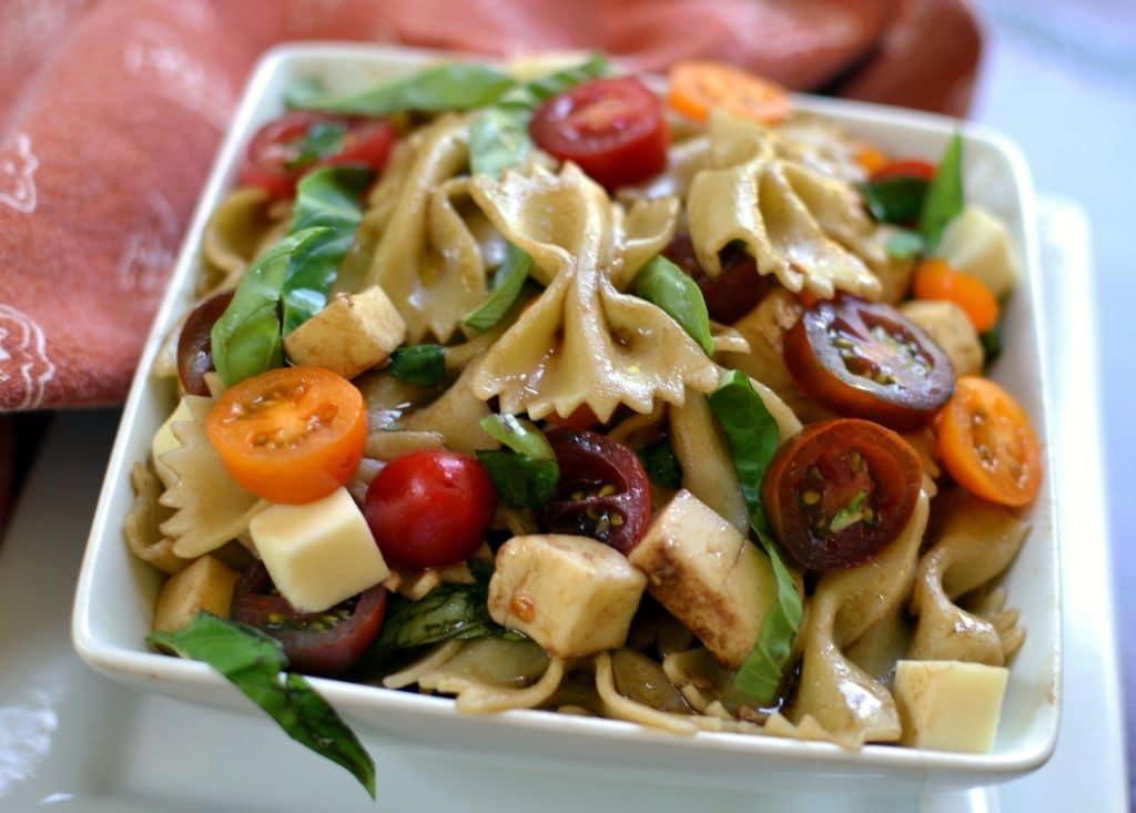 Caprese Pasta Salad (7)