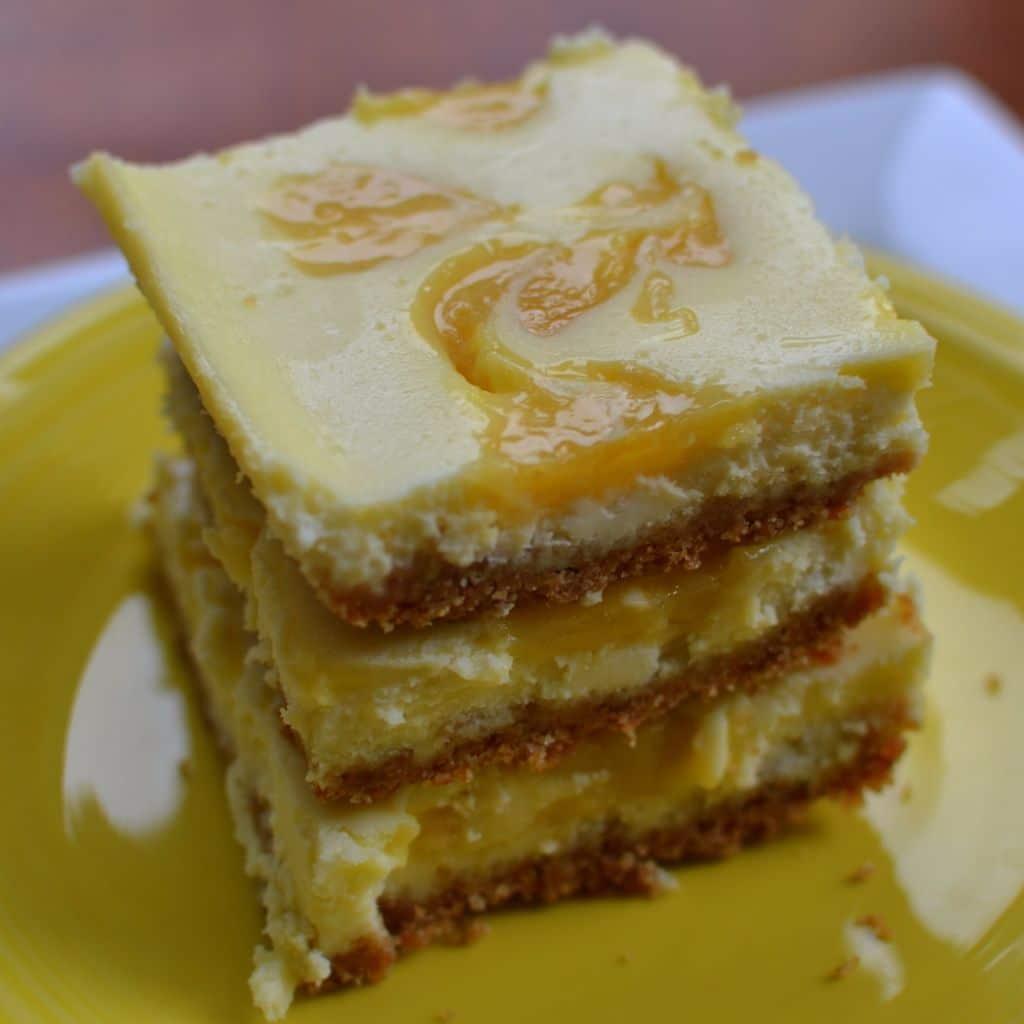 Lemon Curd Cheesecake Bars (10)