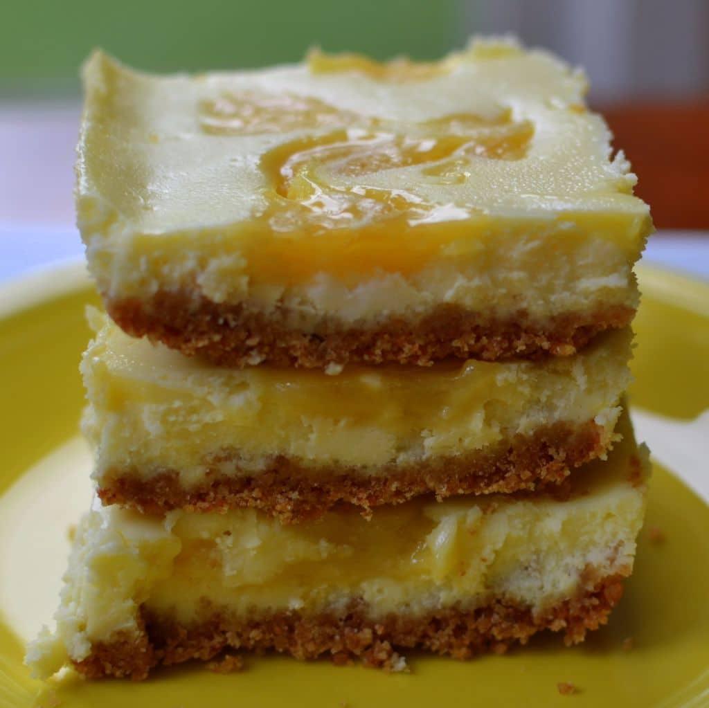 Lemon Curd Cheesecake Bars (2)