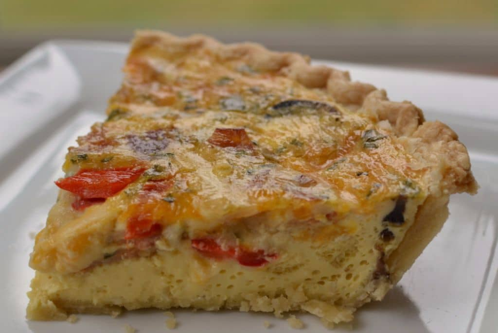 This bacon and mushroom breakfast quiche is perfect for a weekend brunch with friends