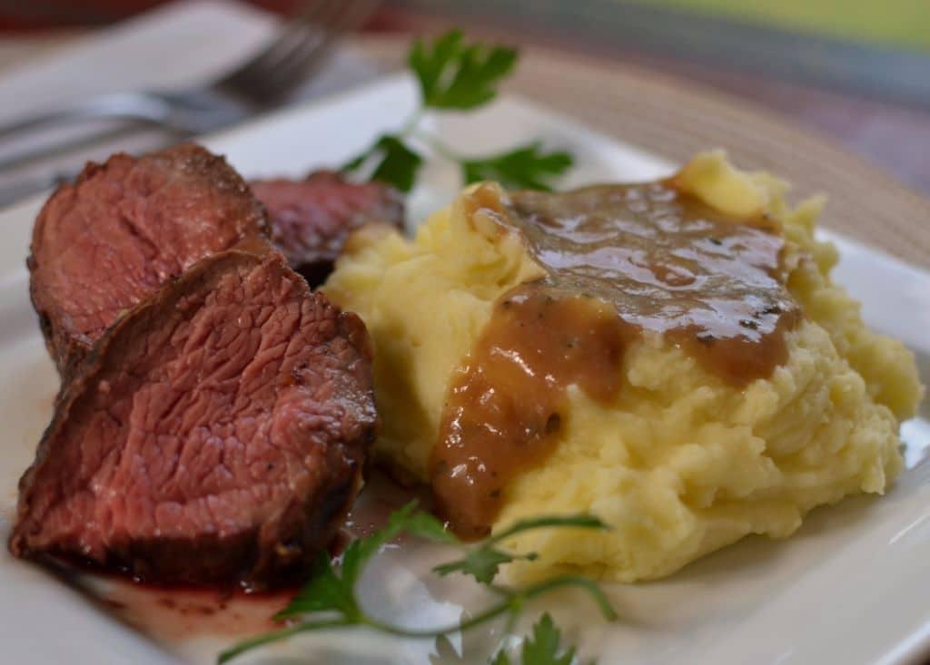 Beef Petite Shoulder with Pan Gravy (6)