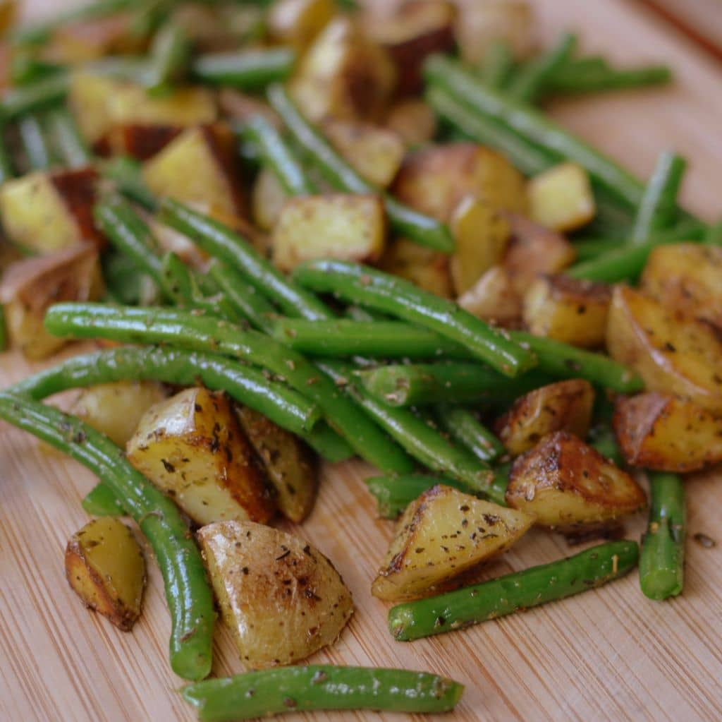 Pan Fried Potatoes and Green Beans (4)