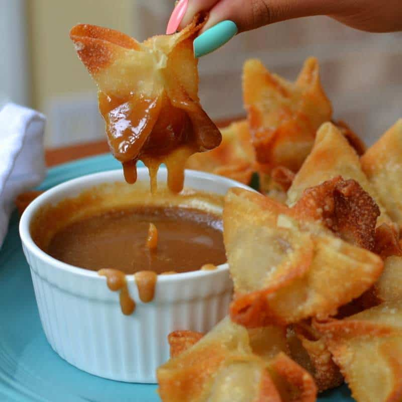 Apple Wontons with Caramel Dipping Sauce