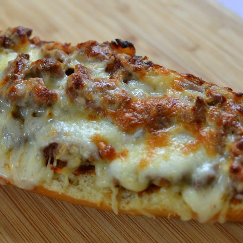 Cheesy Steak Stufffed French Bread (7)