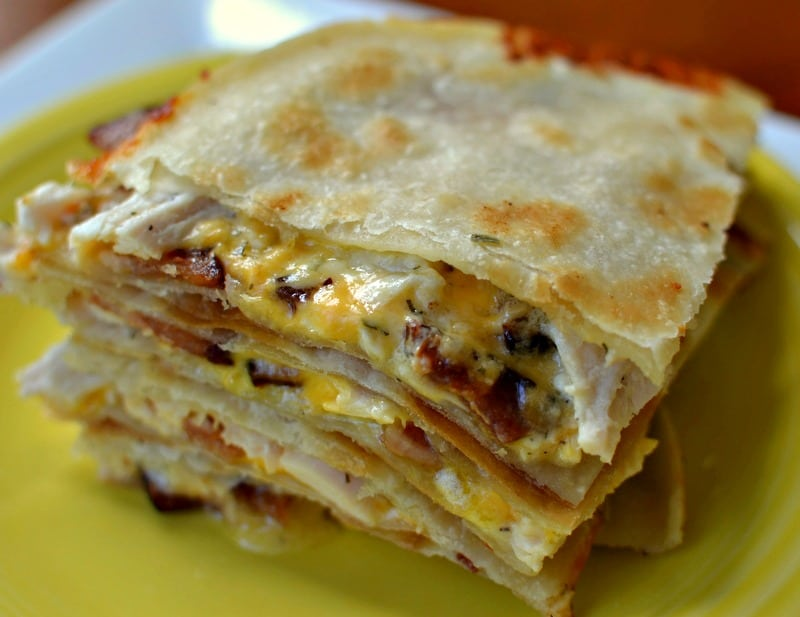 how to make chicken quesadillas