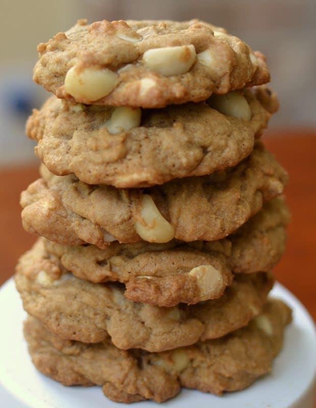white-chocolate-macadamia-nut-cookies-15