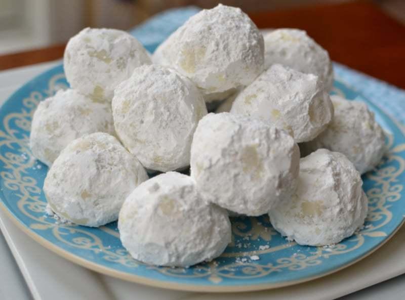 buttery-pecan-snowball-cookies-2