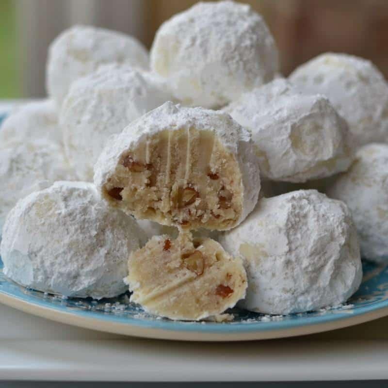 buttery-pecan-snowball-cookies-6