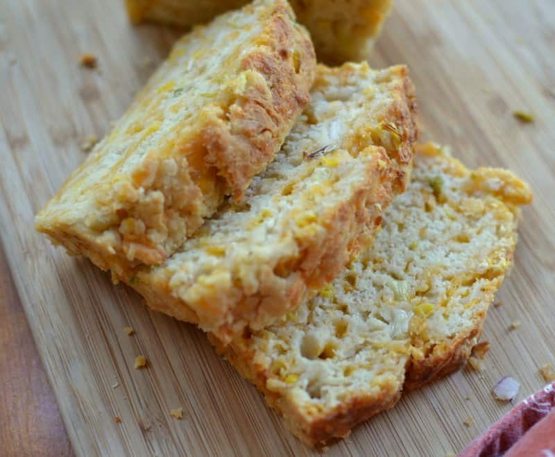cheddar-corn-scallion-beer-bread-6