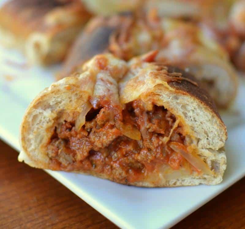 cheesy-sausage-pizza-stuffed-rolls-5