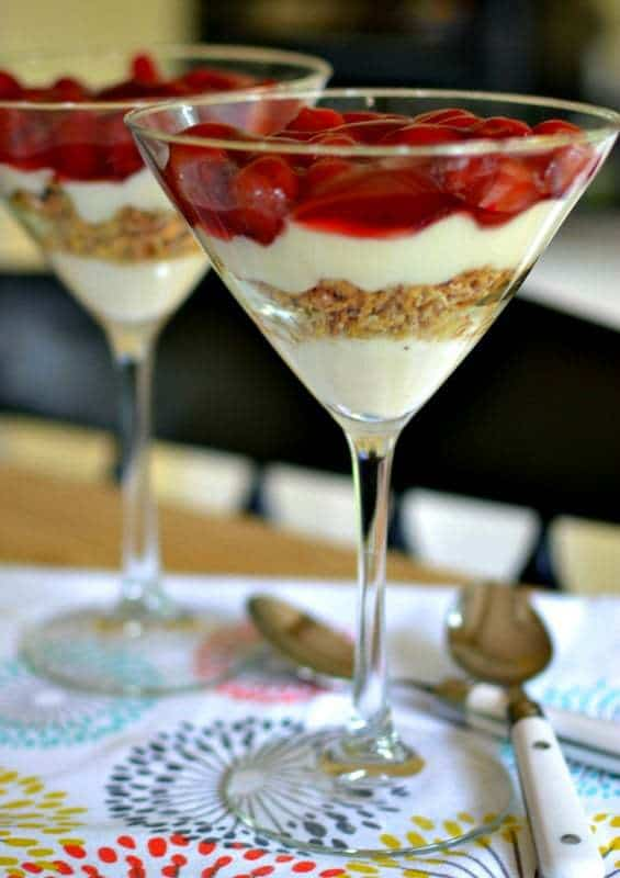 cherry-yogurt-parfaits-11