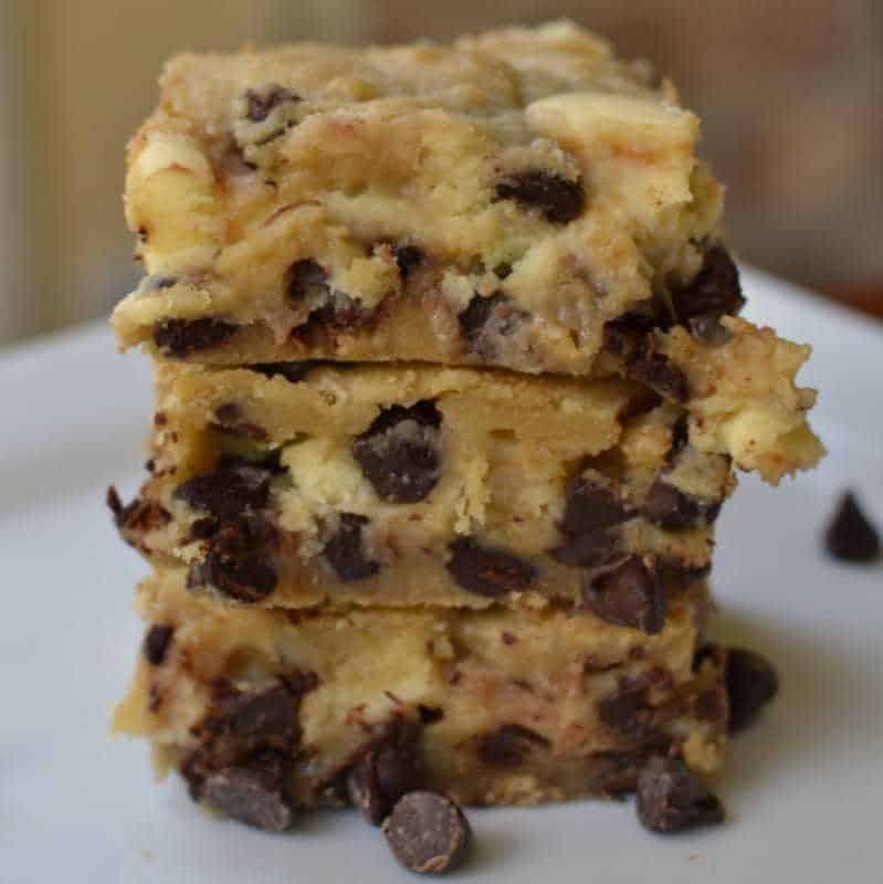 chocolate-chip-cream-cheese-bars-4