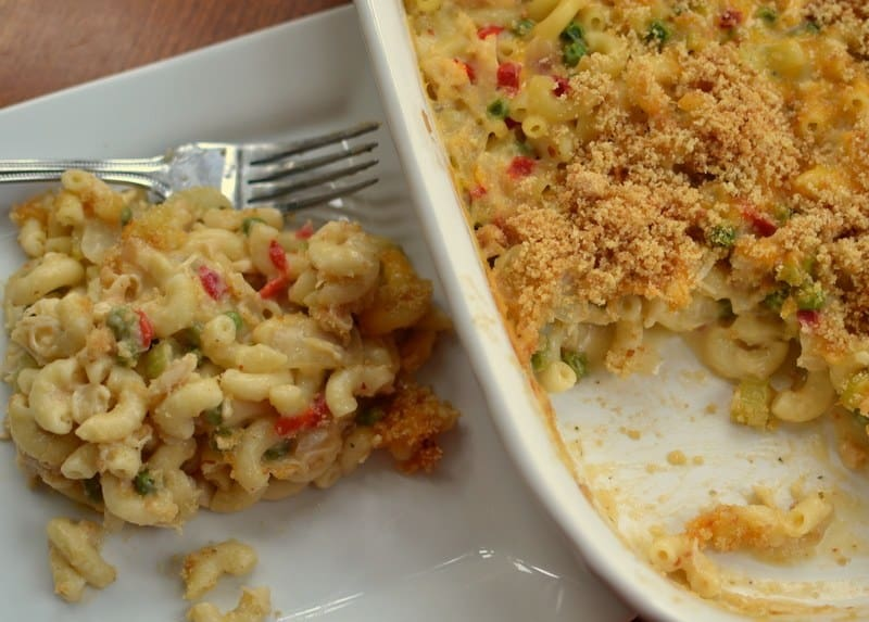 easy-cheesy-chicken-mac-casserole-9