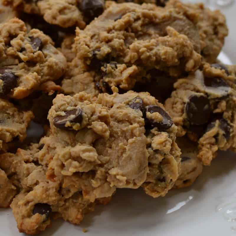 peanut-butter-oatmeal-chocolate-chip-cookies-8