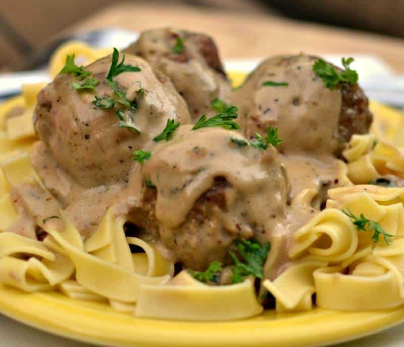 turkey-meatballs-in-easy-cream-sauce-12