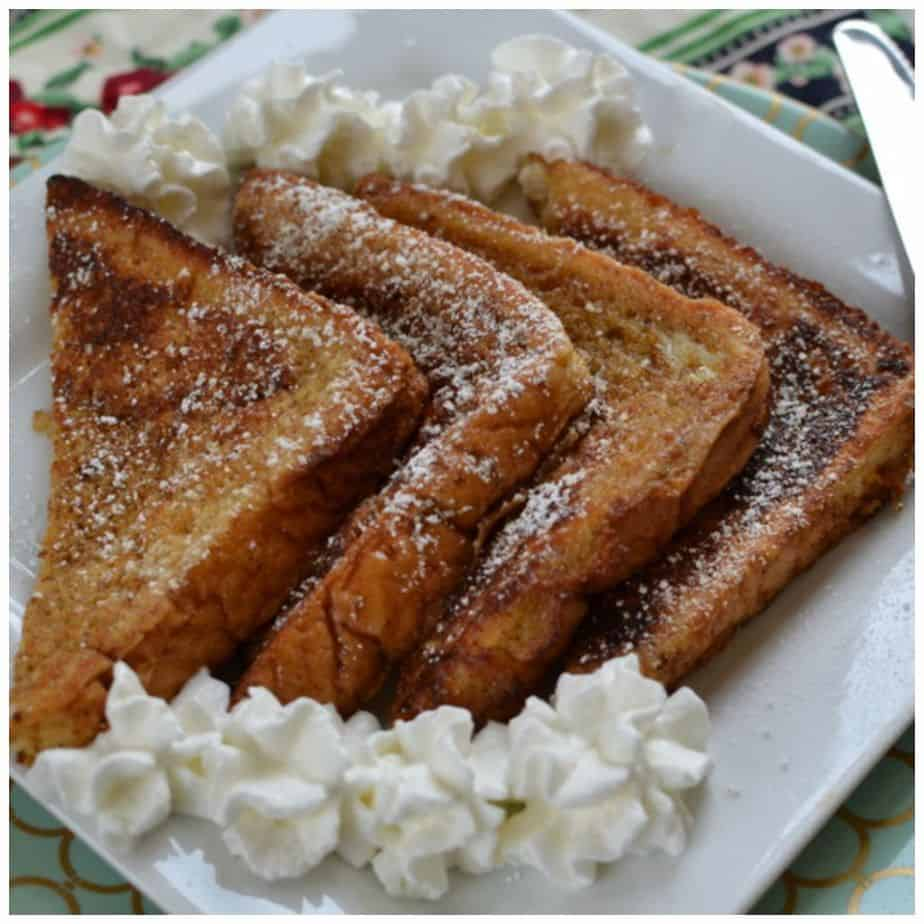 how to make french toast with bread and eggs