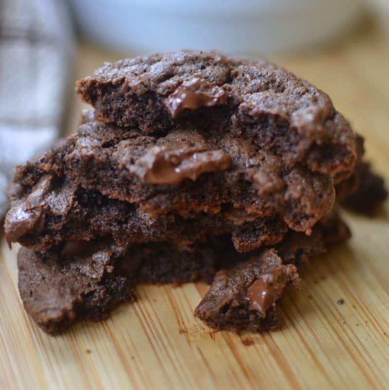 triple-chocolate-chunk-cookies-2