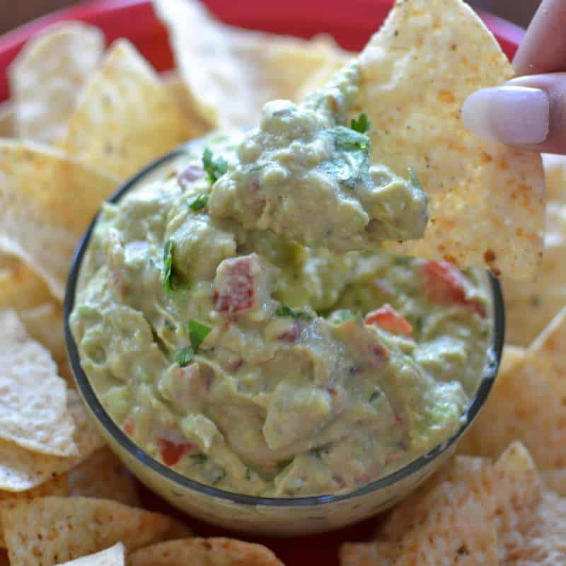 better-than-restaurant-style-creamy-guacamole-6