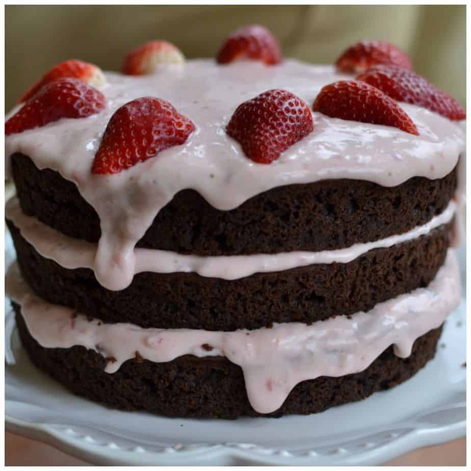 Strawberry Cake With Chocolate Frosting