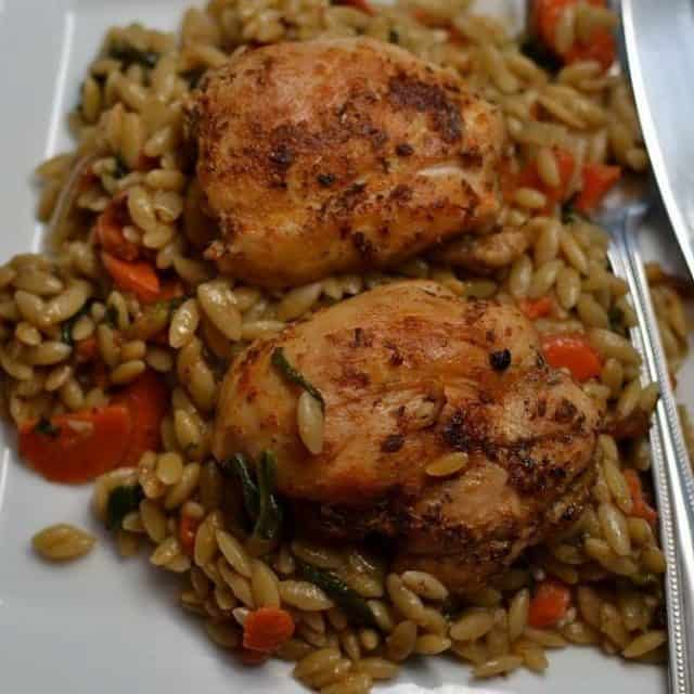This One Skillet Savory Chicken and Orzo takes full advantagehellip