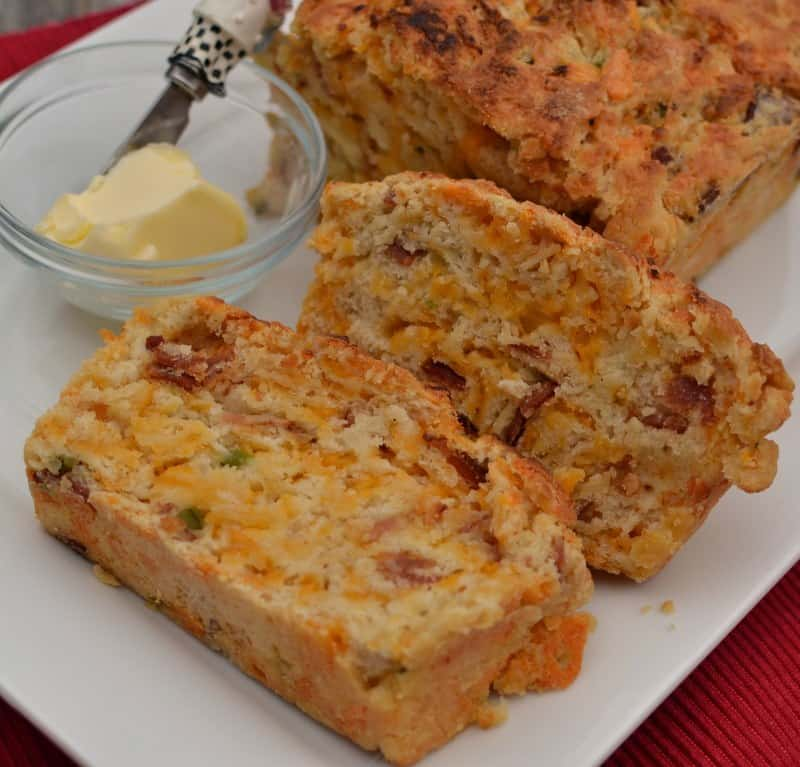 Bacon Jalapeno Cheddar Beer Bread | Small Town Woman