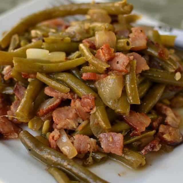Now these Easy Southern Style Green Beans combine fresh greenhellip