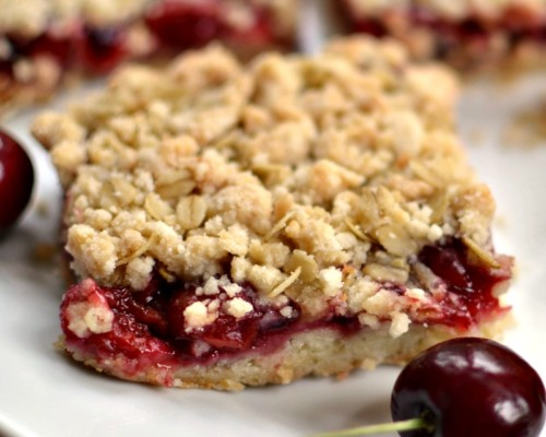 Cherry Oatmeal Bars with Cherry Pie Filling