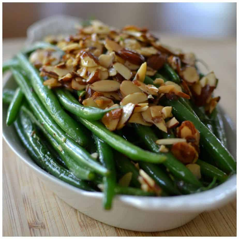 Green Beans with Toasted Garlic and Almonds