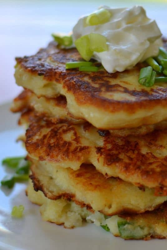Crispy Pepper Jack Potato Cakes | Small Town Woman