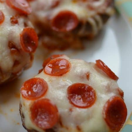 Low Carb Easy Pizza Mushrooms