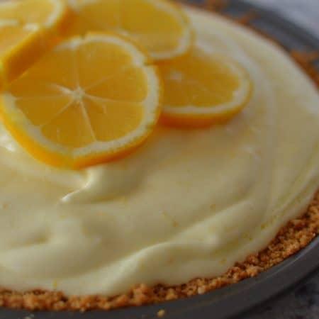 Lip Smacking Good Lemon Chiffon Pie
