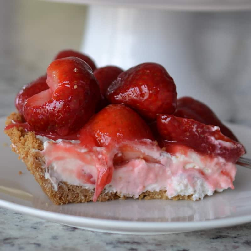 Lip Smacking Good Strawberry Cheesecake Pie