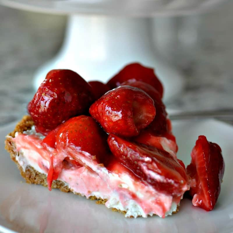 No Bake Strawberry Cream Cheese Pie
