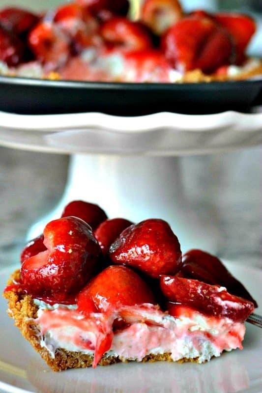 Strawberry Cream Cheese Pie No Bake