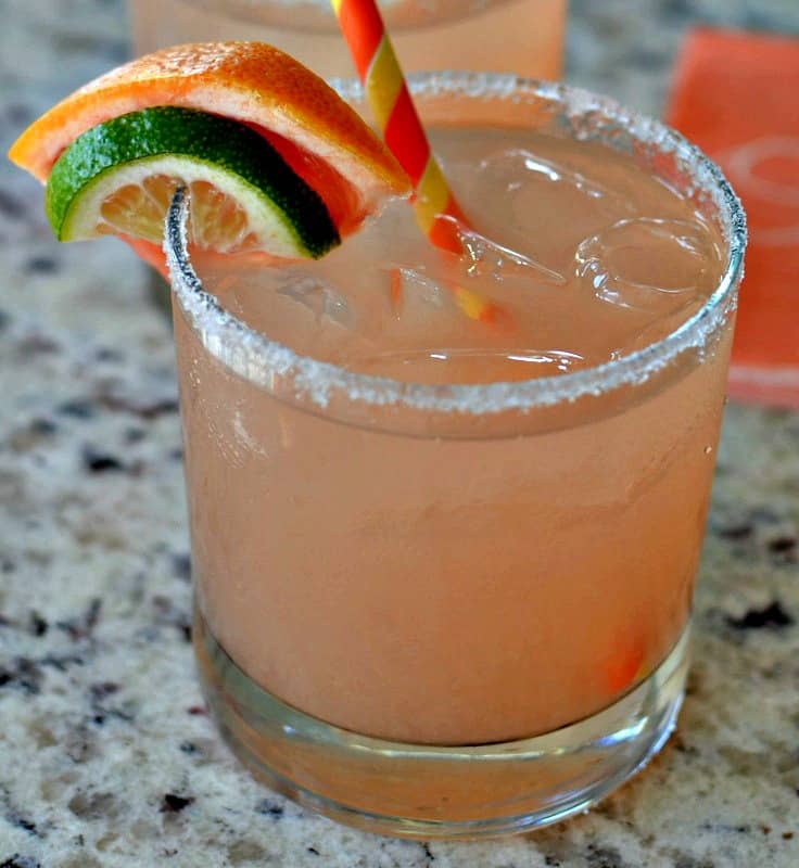 These easy refreshing Grapefruit Margaritas are the perfect summer cocktail for pool parties, picnics and evening soirees.