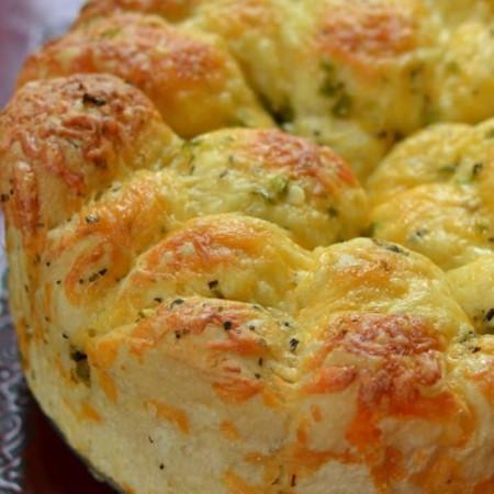 Cheddar Pull Apart Bread