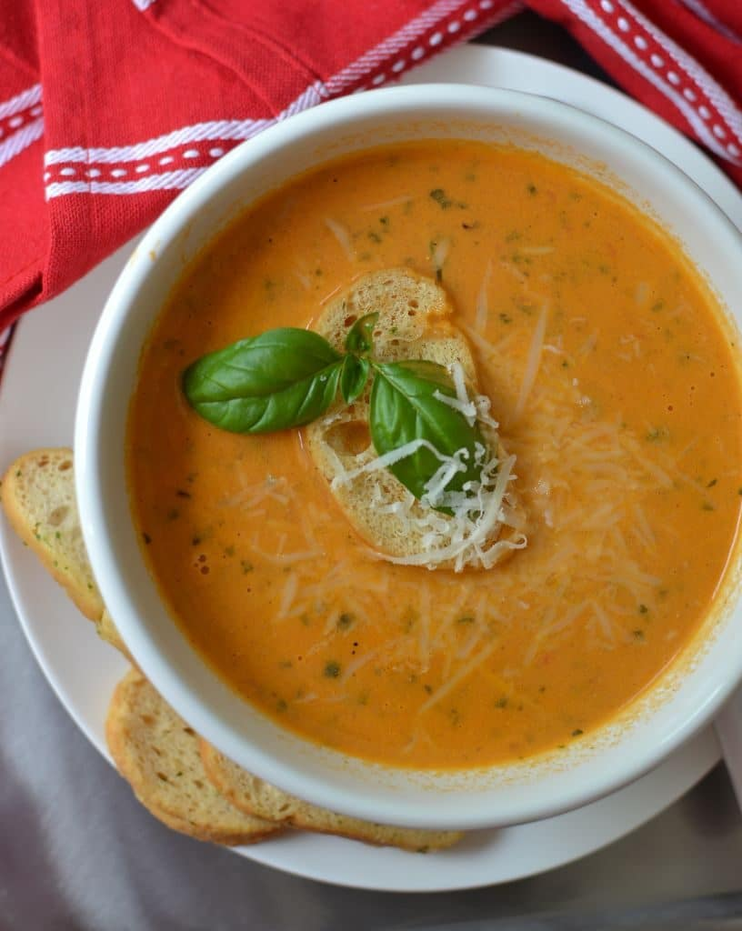 Creamy Delicious Tomato Basil Soup