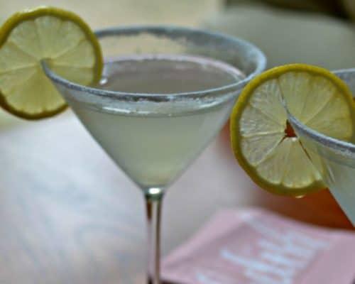 Lemon Drop Martini Recipe (A Lemon Lovers Dream Come True)