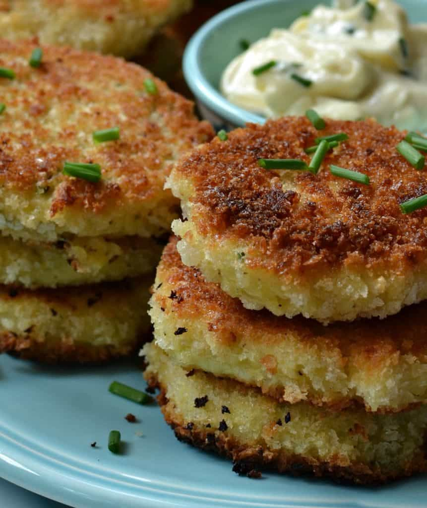 Potato Croquettes with Two Minute Garlic Aioli Dipping Sauce